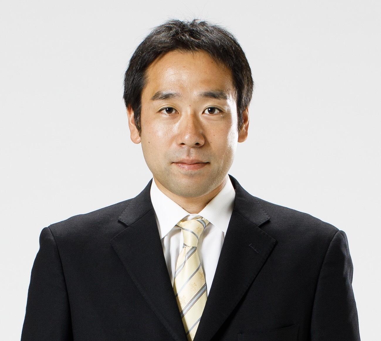 衛藤 晃平